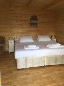 Fish Hut bed